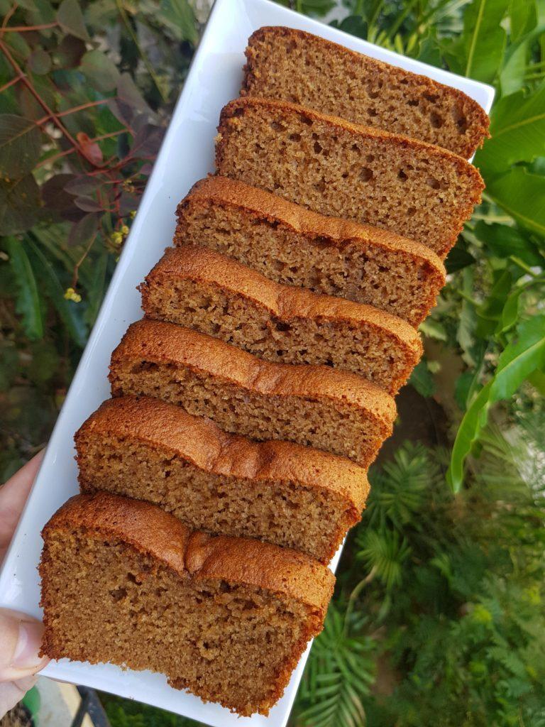עוגת דבש ללא גלוטן. דביר בר wheatout.co.il