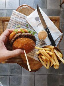 איפה אוכלים המבורגר ללא גלוטן
