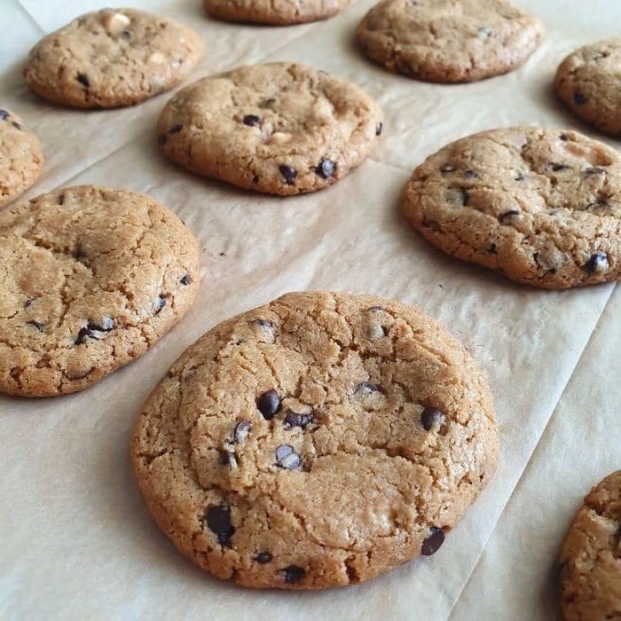 עוגיות שוקולד צ׳יפס ללא גלוטן. צילום: דביר בר