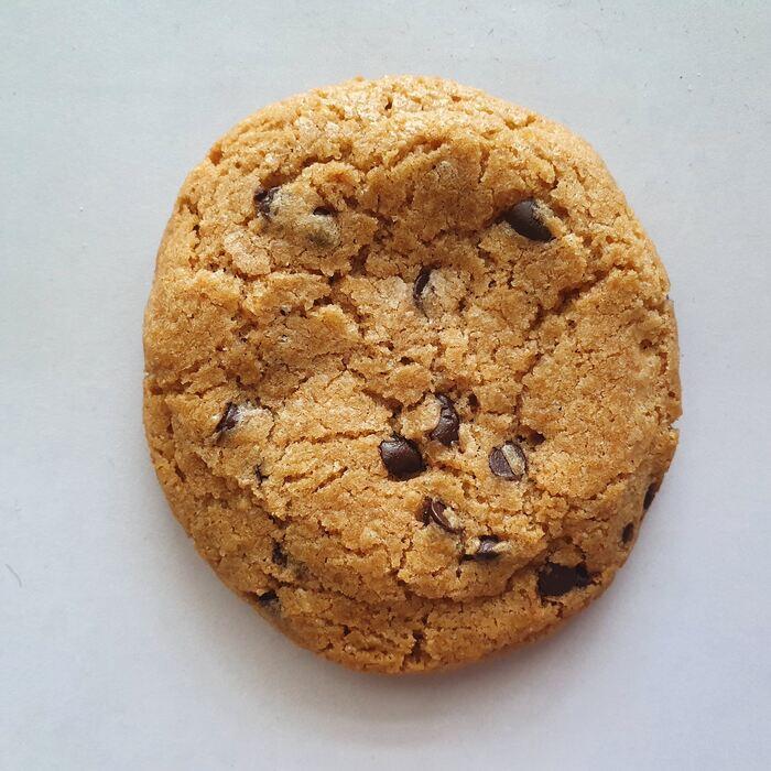 ממכרות בטרוף. עוגיות שוקולד צ׳יפס ללא גלוטן. צילום: דביר בר
